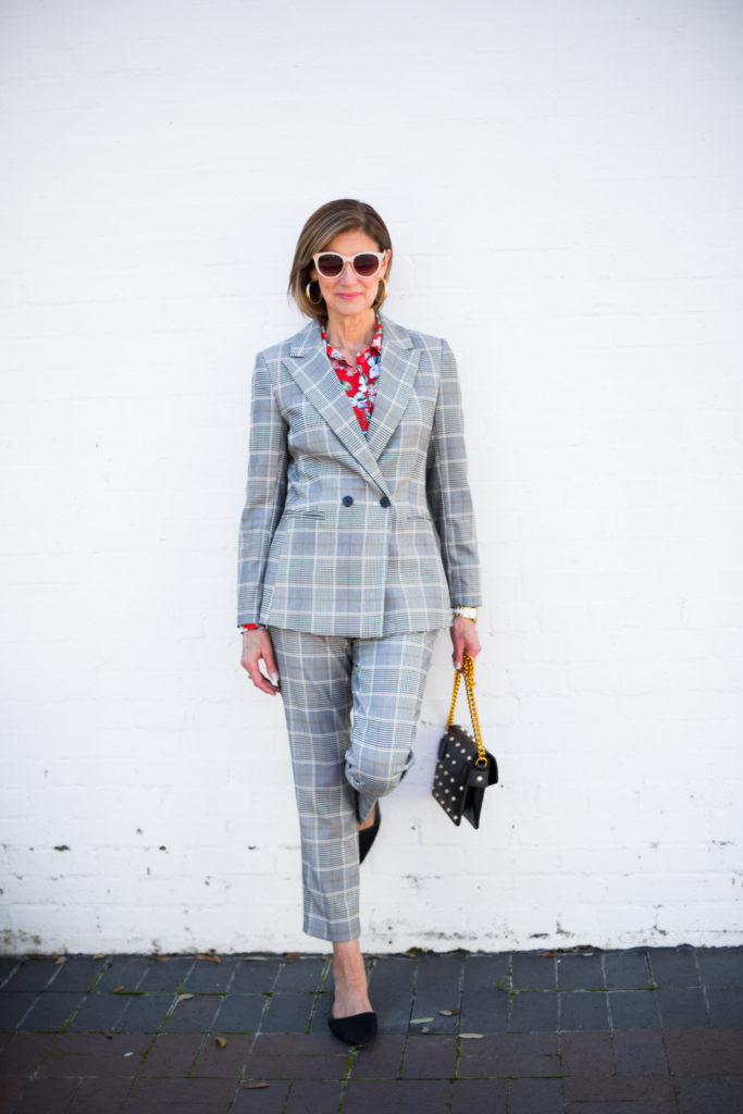 #serioussuiting #h&mstyle #styleblogger #over50blog