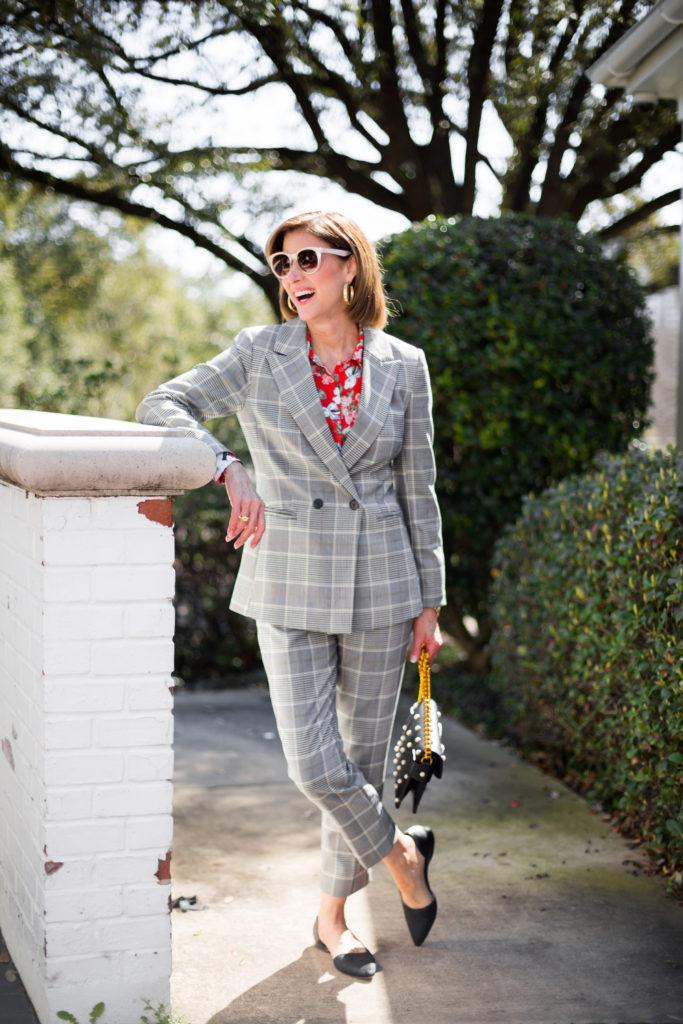 #springtrends2018 #fashionomics #tomssunglasses