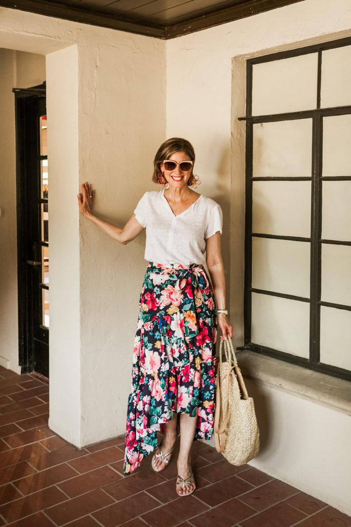 DebbyFashionomics modeling a ruffle dark floral skirt and best T Shirt ever.