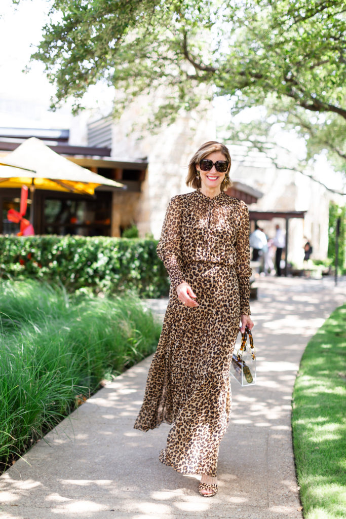 Dallas blogger wearing Veronica Beard leopard maxi dress