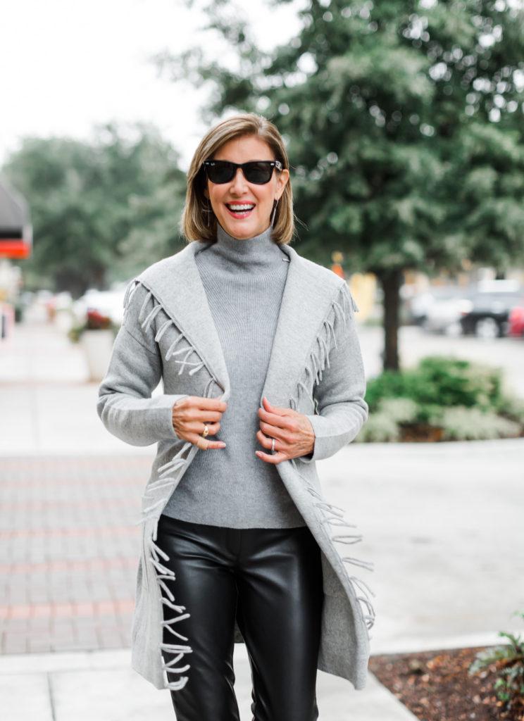 Dallas Blogger in J.McLaughlin Luxe Collection