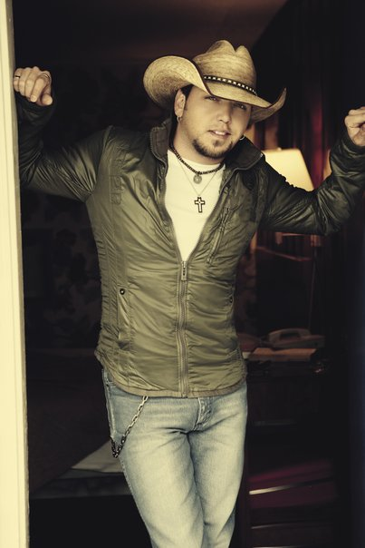 "Jason Aldean Announces the ""Burn It Down Tour"""