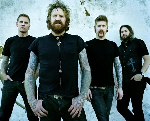 "Mastodon and Clutch Announce ""The Missing Link Tour"""