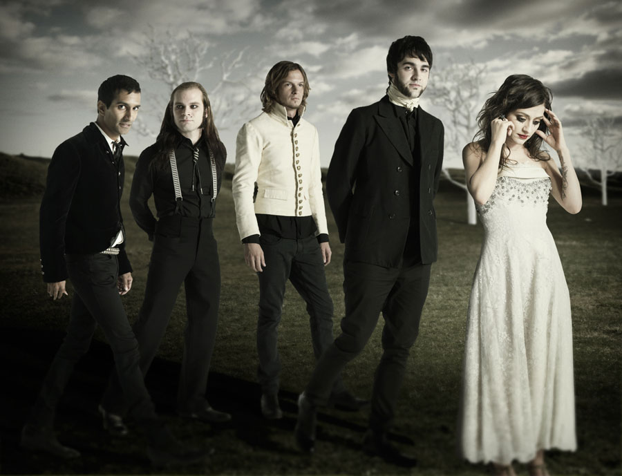"Flyleaf Announce U.S. ""Between The Stars Tour"""