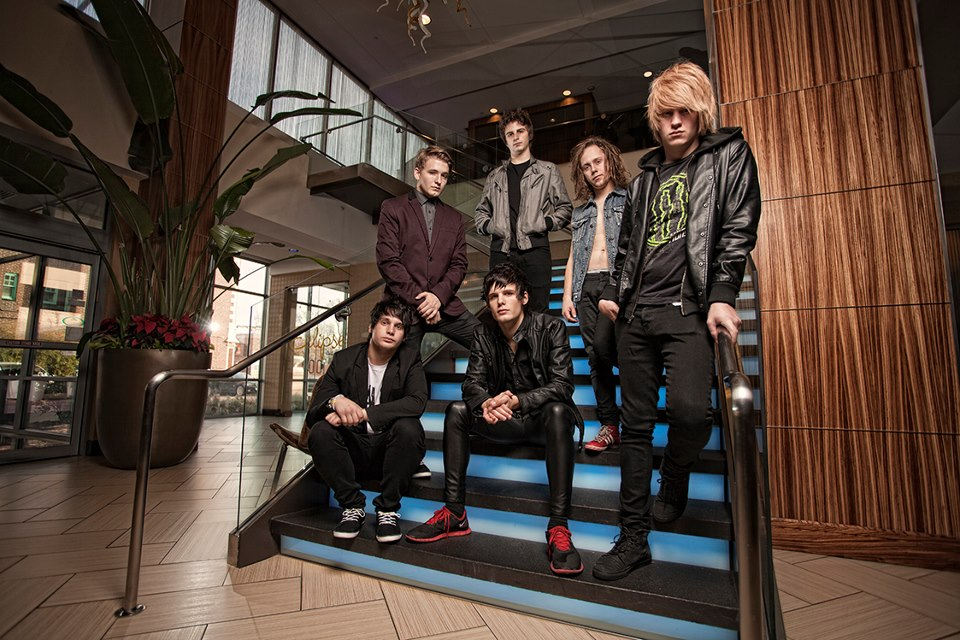 "I See Stars Announce ""Red, White & Black Tour"""