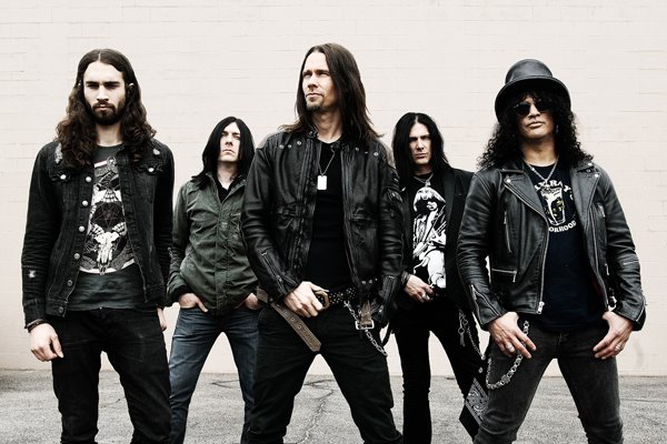 Slash Adds Fozzy to Select Spring Tour Dates