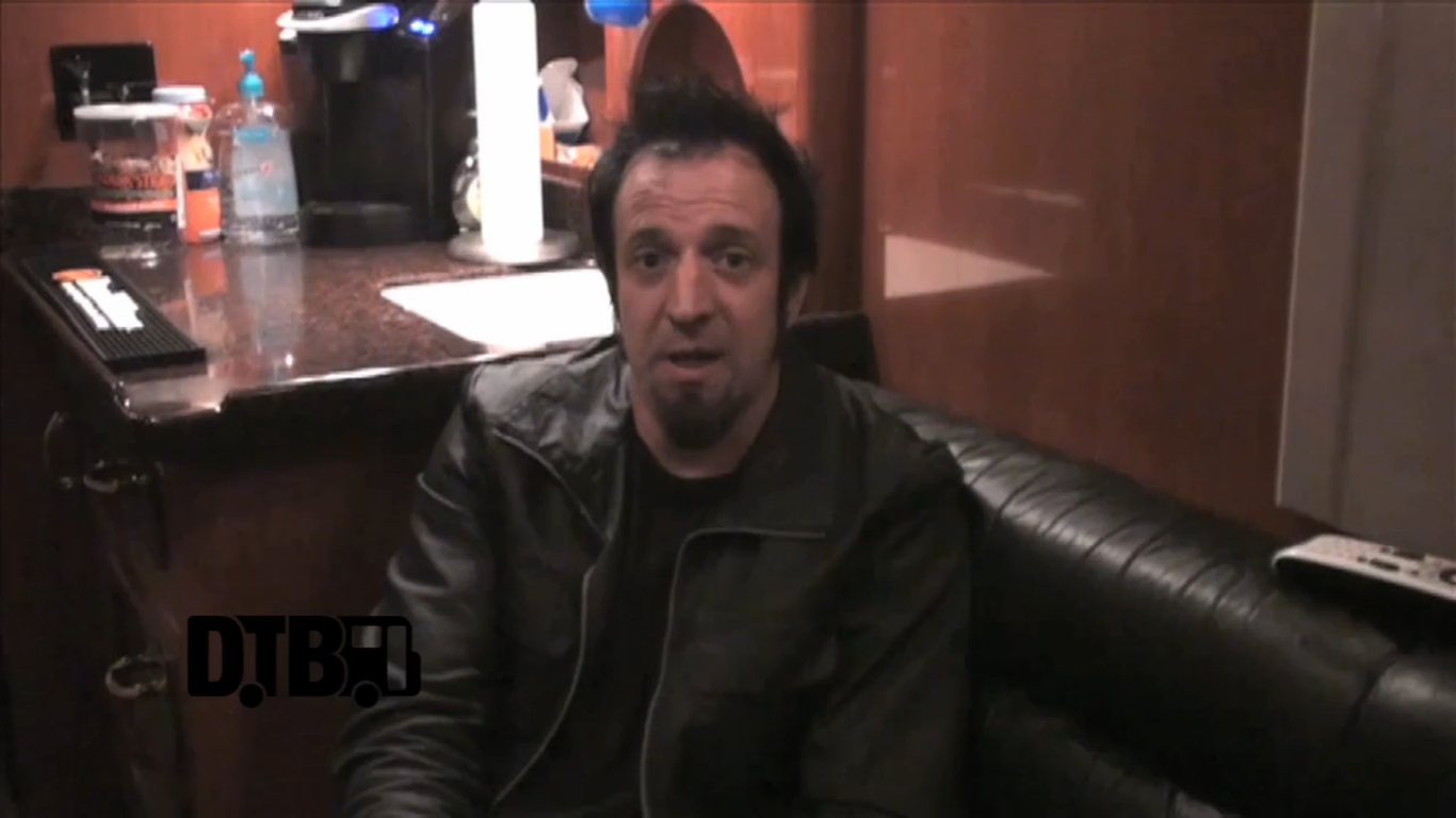 Drowning Pool – CRAZY TOUR STORIES [VIDEO]