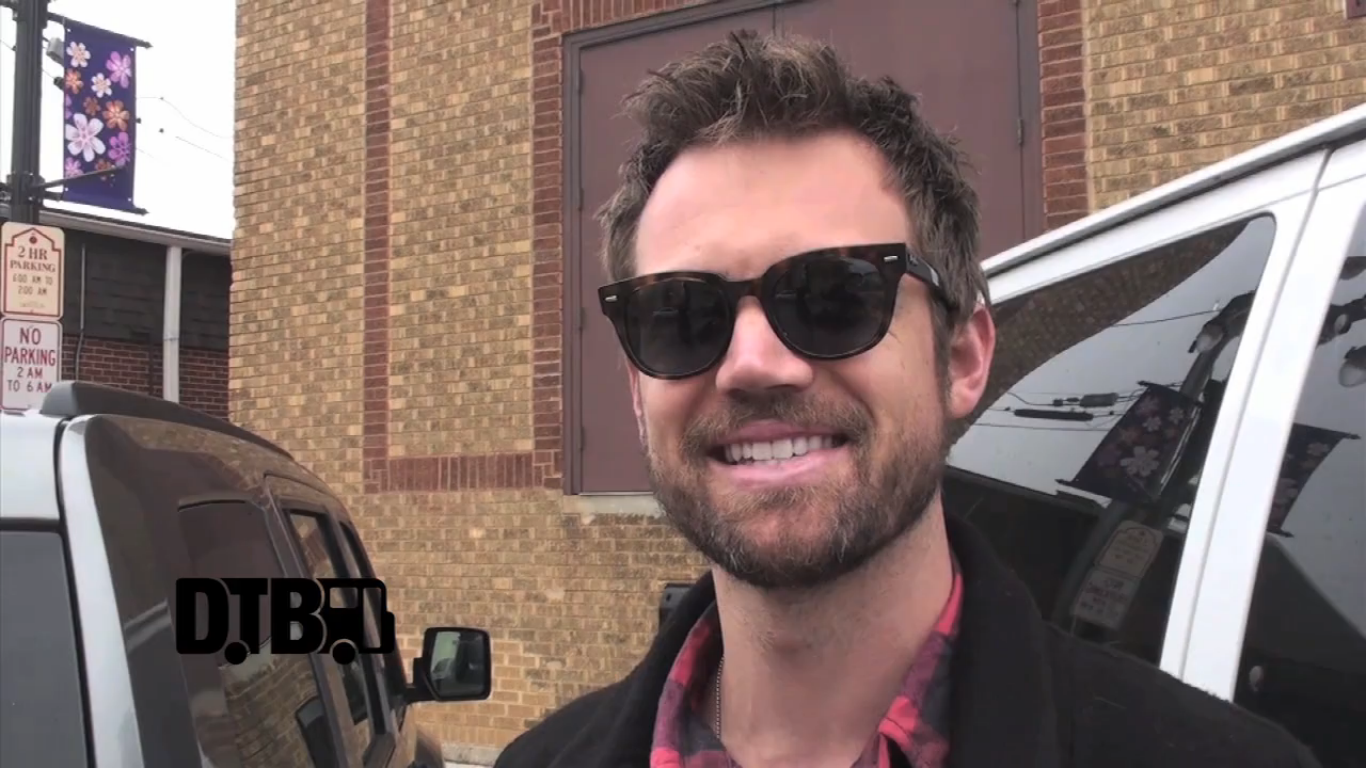 Tyler Hilton – BUS INVADERS Ep. 472 [VIDEO]
