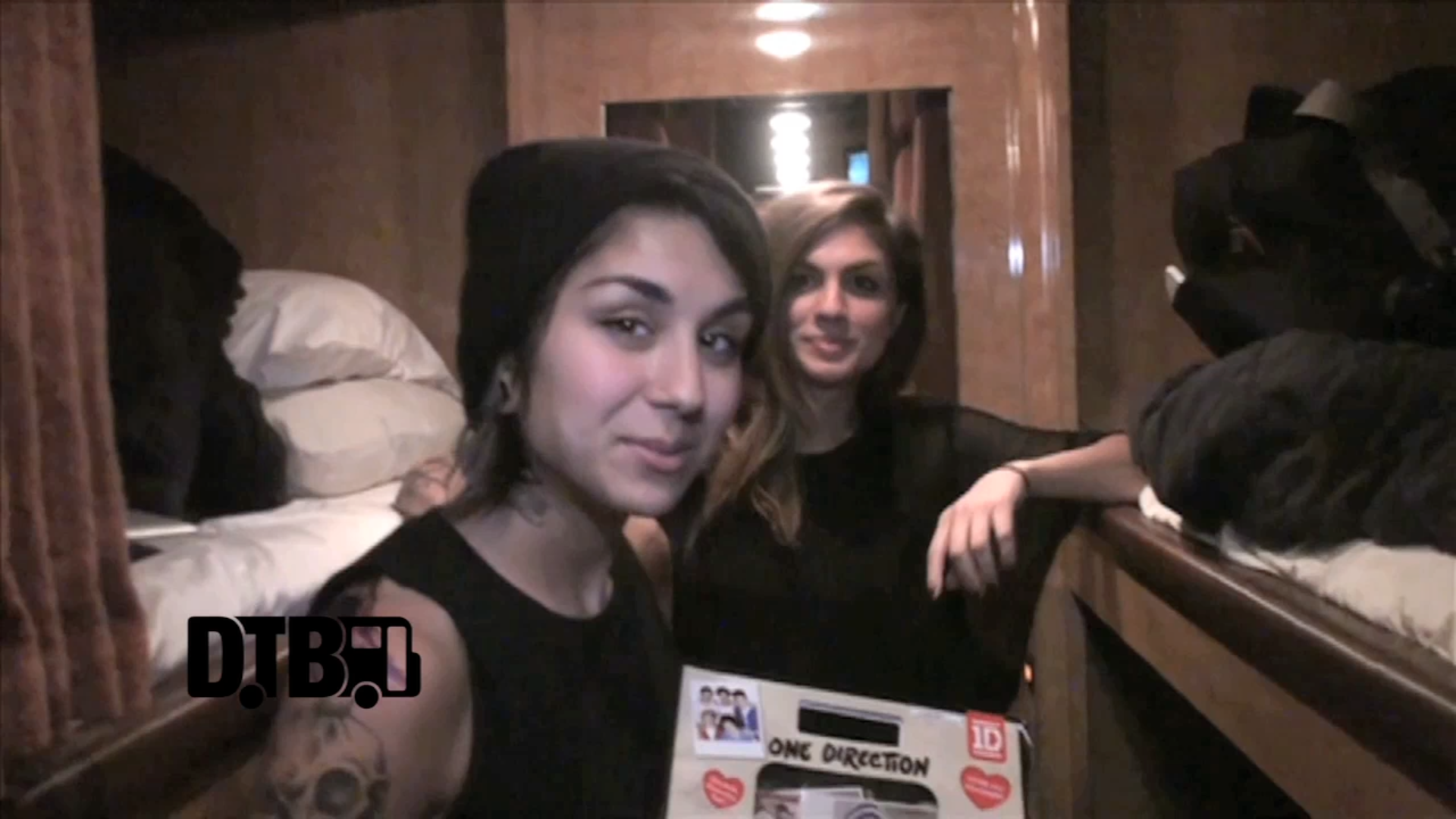Krewella – BUS INVADERS Ep. 514 [VIDEO]