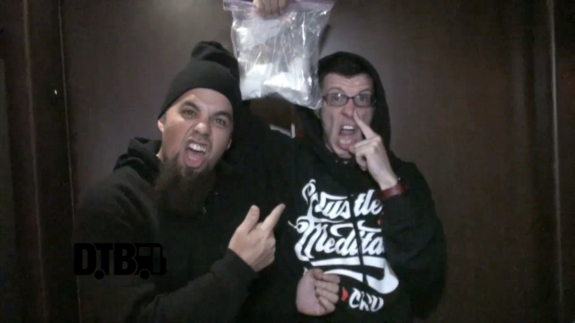 CES CRU / Stevie Stone / ¡Mayday! – BUS INVADERS Ep. 524