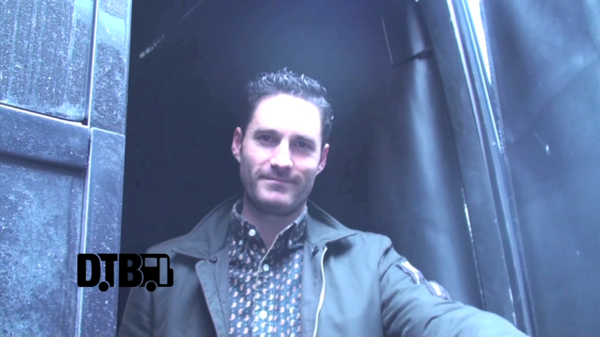 Capital Cities – BUS INVADERS Ep. 538 [VIDEO]