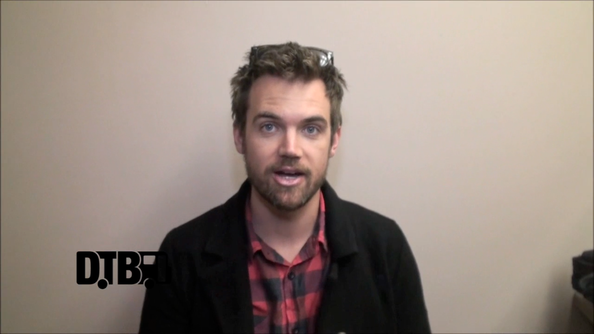 Tyler Hilton – TOUR TIPS [VIDEO]