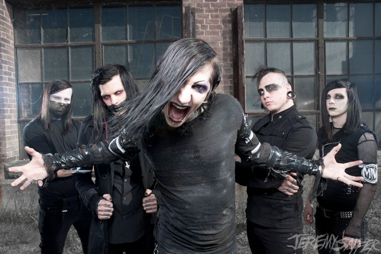 "Motionless In White Announces the ""Beyond The Barricade Tour"""