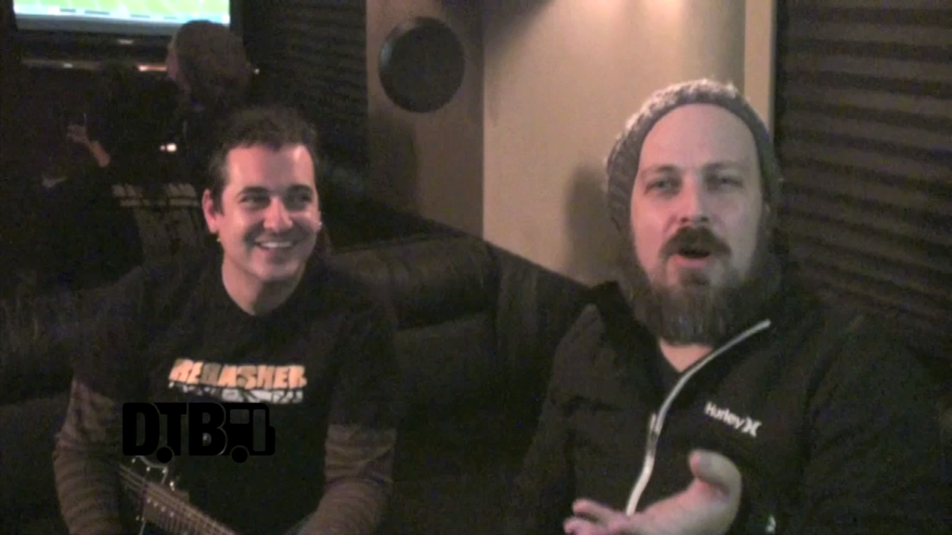 Less Than Jake – CRAZY TOUR STORIES [VIDEO]