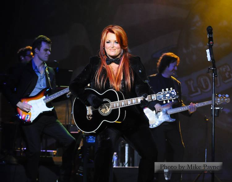 "Wynonna Announces ""Wynonna and Friends: Stories & Song Tour"""