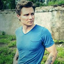 "Frankie Ballard Announces The ""Light 'Em Up Tour"""