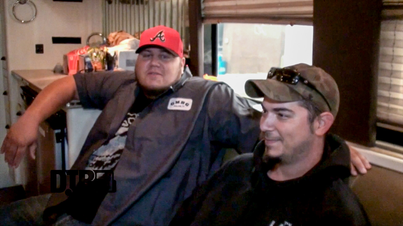 The Lacs – TOUR PRANKS [VIDEO]