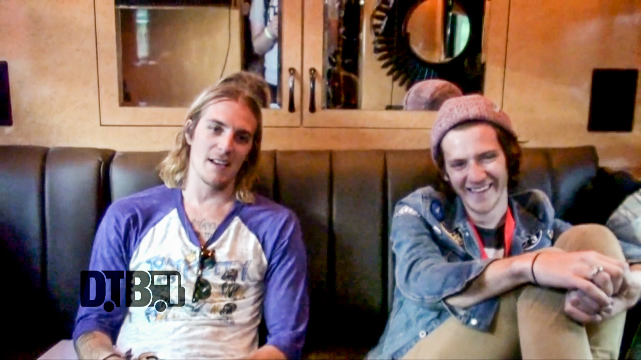 The Maine / Nick Santino – TOUR PRANKS Ep. 23 [VIDEO]