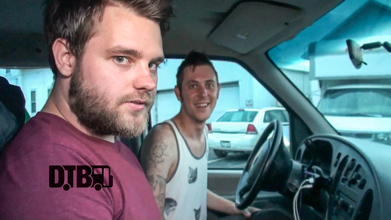 Artifex Pereo – BUS INVADERS Ep. 747 [VIDEO]