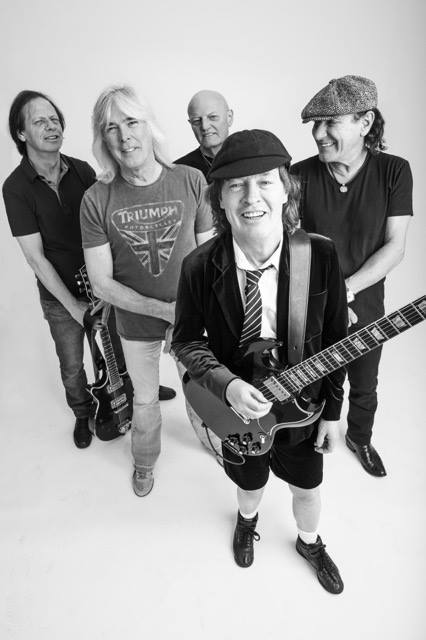 """AC/DC Announce Final Leg of the """"Rock or Bust World Tour"""""""