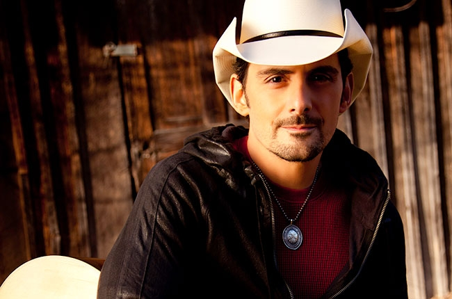 "Brad Paisley Announces ""Crushin' It World Tour"""