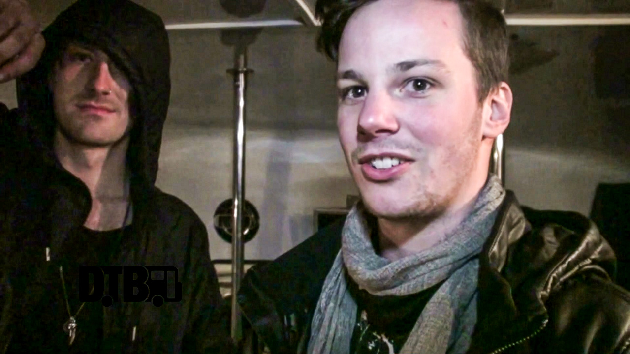 Brightwell – BUS INVADERS Ep. 771 [VIDEO]