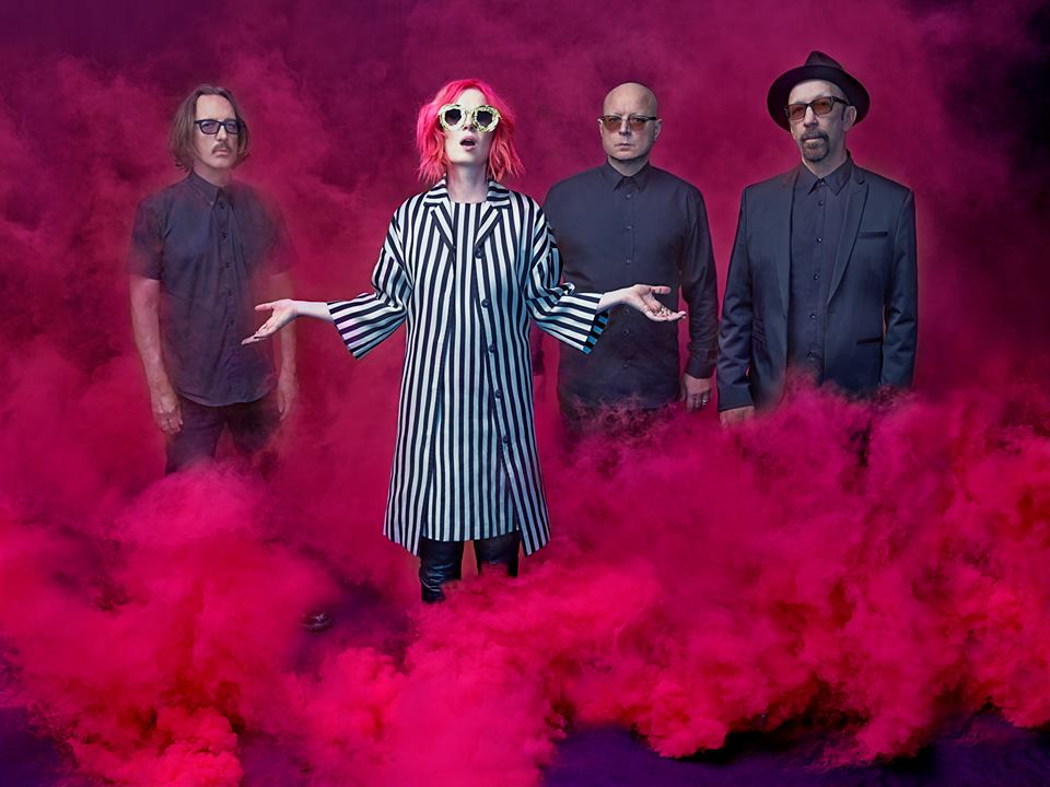 "Garbage Announce ""Strange Little Birds Tour"""