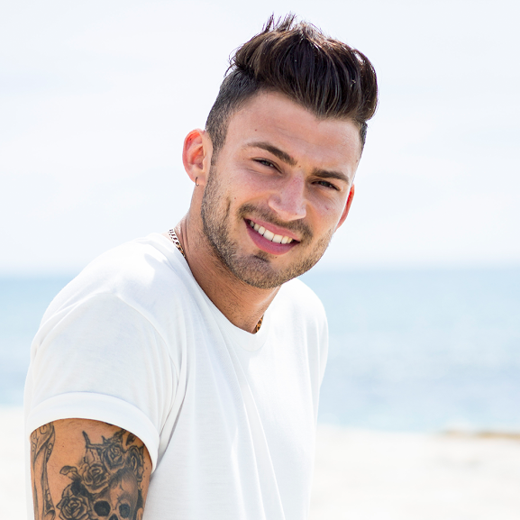 """Jake Quickenden (from The X Factor) Announces """"Laid Bare Tour"""""""