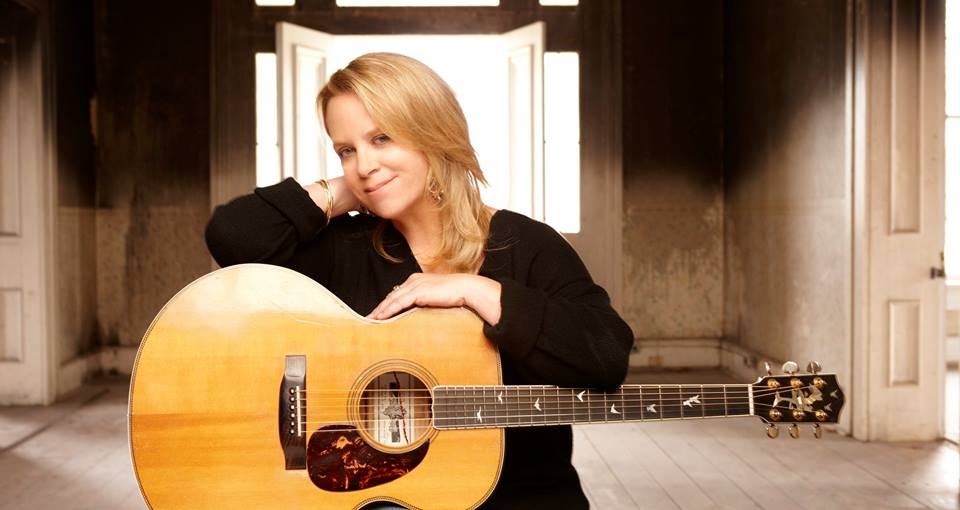 Mary Chapin Carpenter Announces U.S. Fall Acoustic Tour