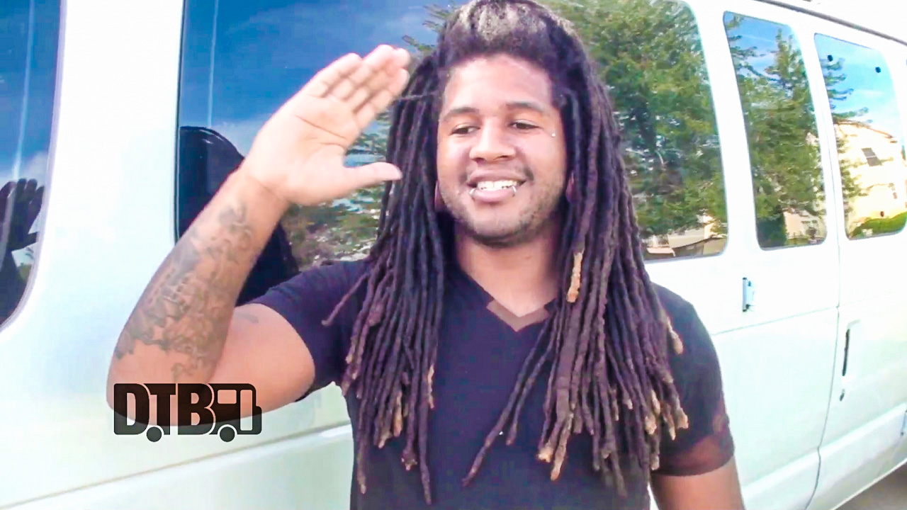 Neurotic November – CRAZY TOUR STORIES Ep. 342 [VIDEO]
