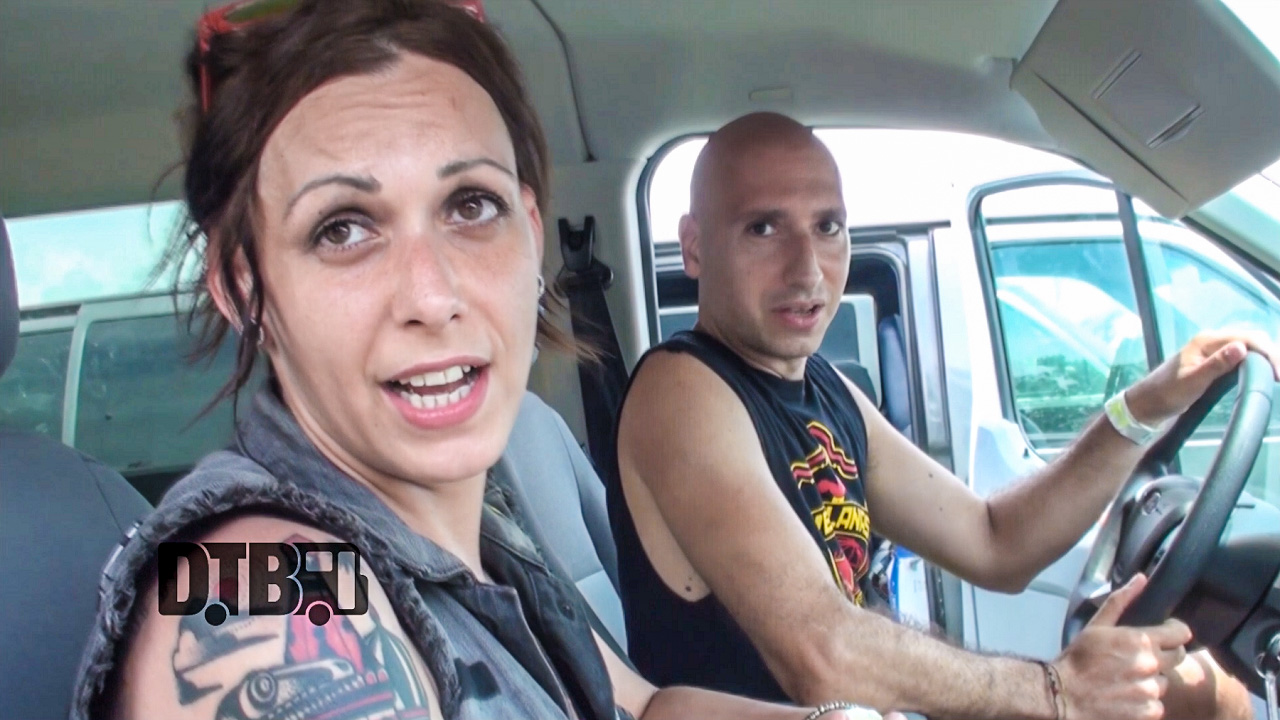 SVETLANAS – BUS INVADERS Ep. 909 [VIDEO]
