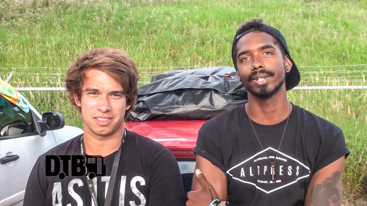 The Residence – BUS INVADERS Ep. 907 [VIDEO]
