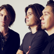 "Hanson Announces the ""Middle of Everywhere 25th Anniversary Tour"""