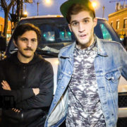 Royal Teeth – BUS INVADERS Ep. 1140