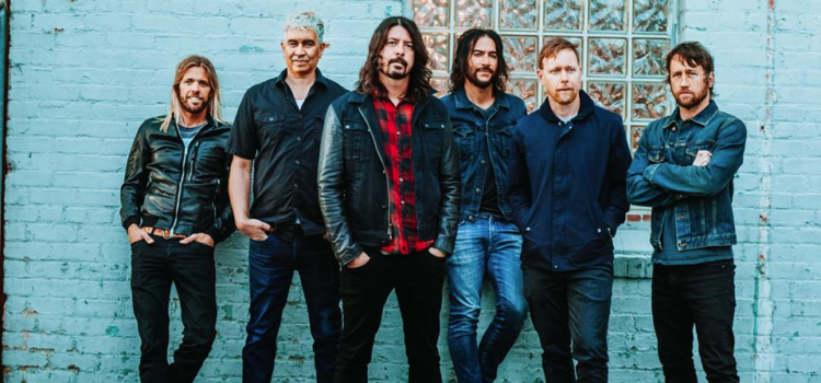"""Foo Fighters' """"Concrete and Gold North American Tour"""" – GALLERY"""