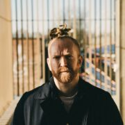 Newton Faulkner – TOUR TIPS