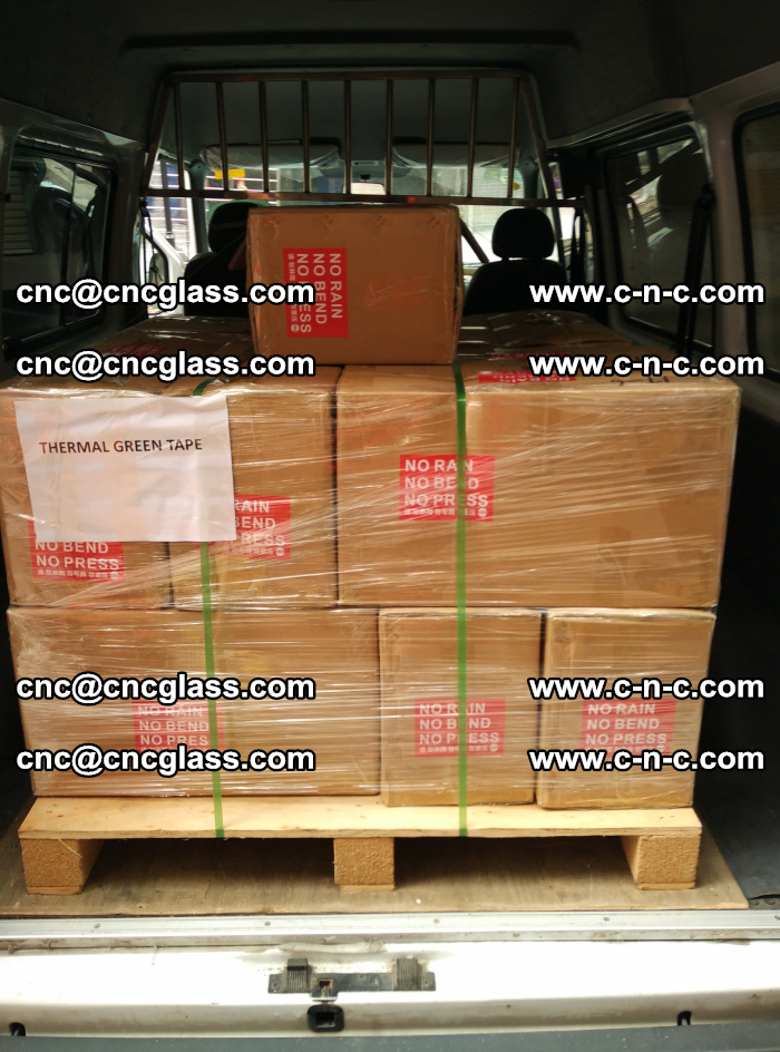 Safety glazing green thermal tape Packing and loading (2)