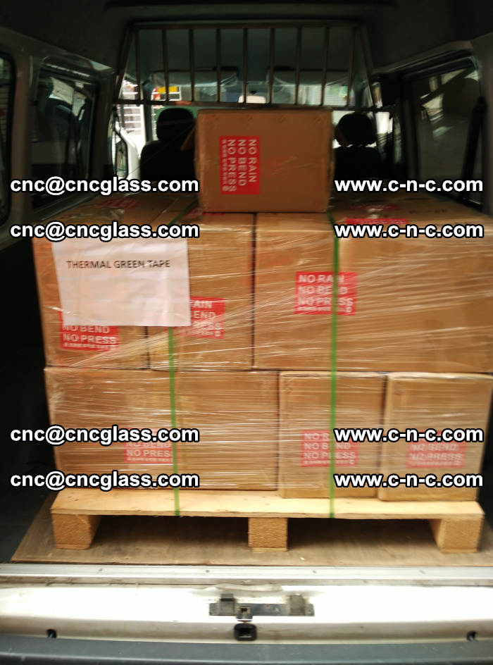 Safety glazing green thermal tape Packing and loading (4)