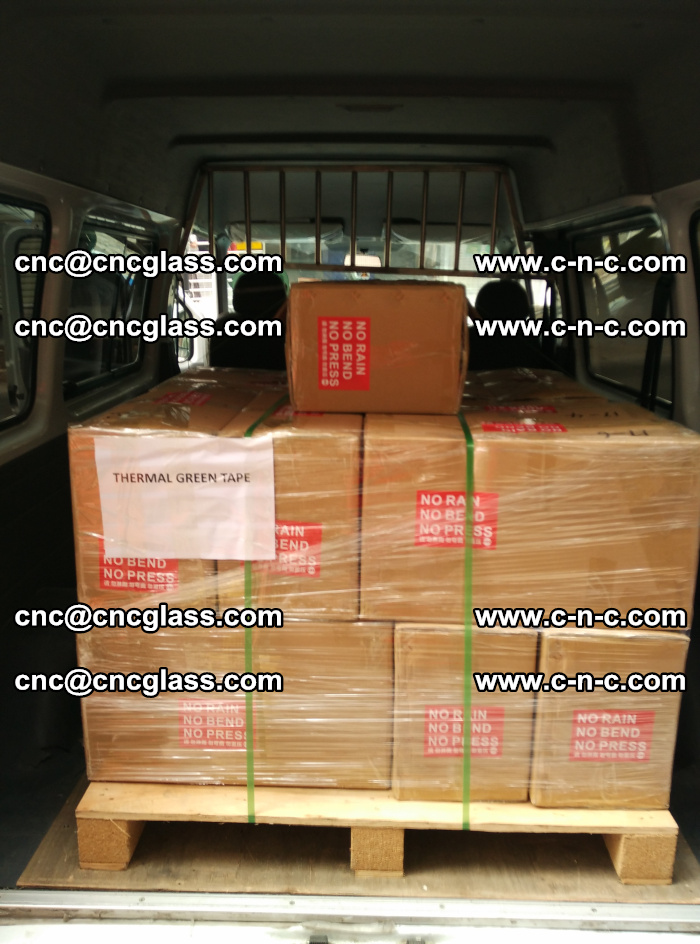 Safety glazing green thermal tape Packing and loading (8)