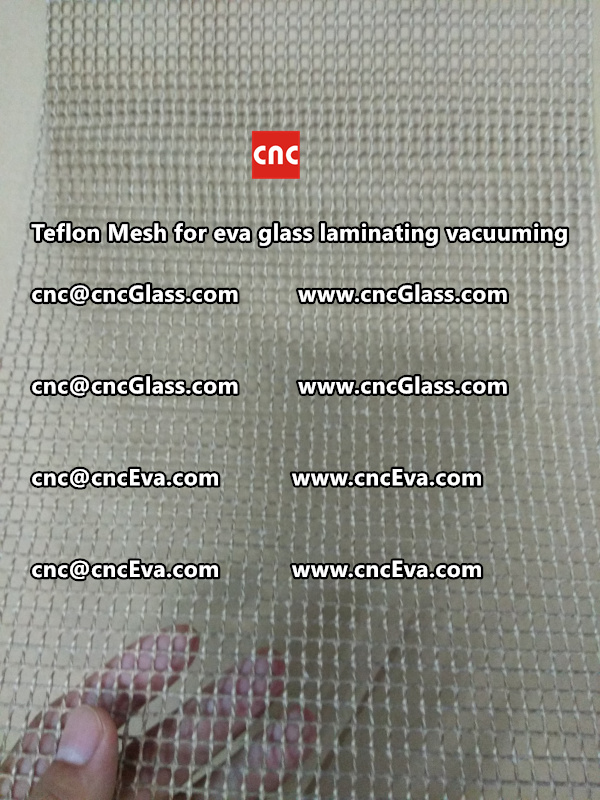 mesh for helping vacuuming of glass laminating (1)