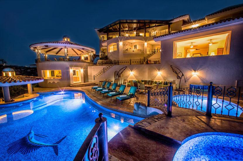 night_pool_view