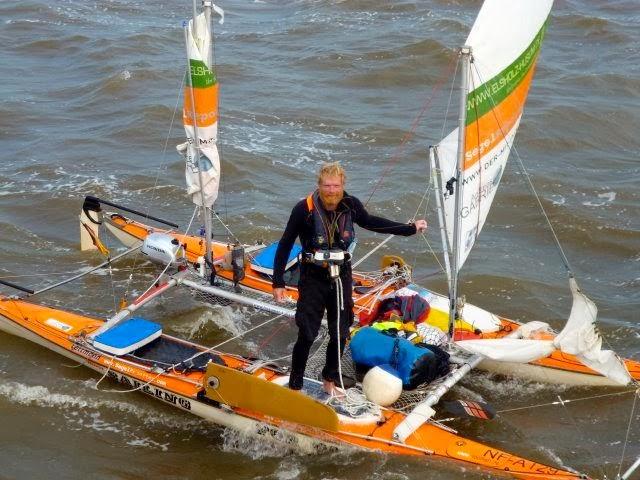 Andreas Gabriel sul suo catamarano