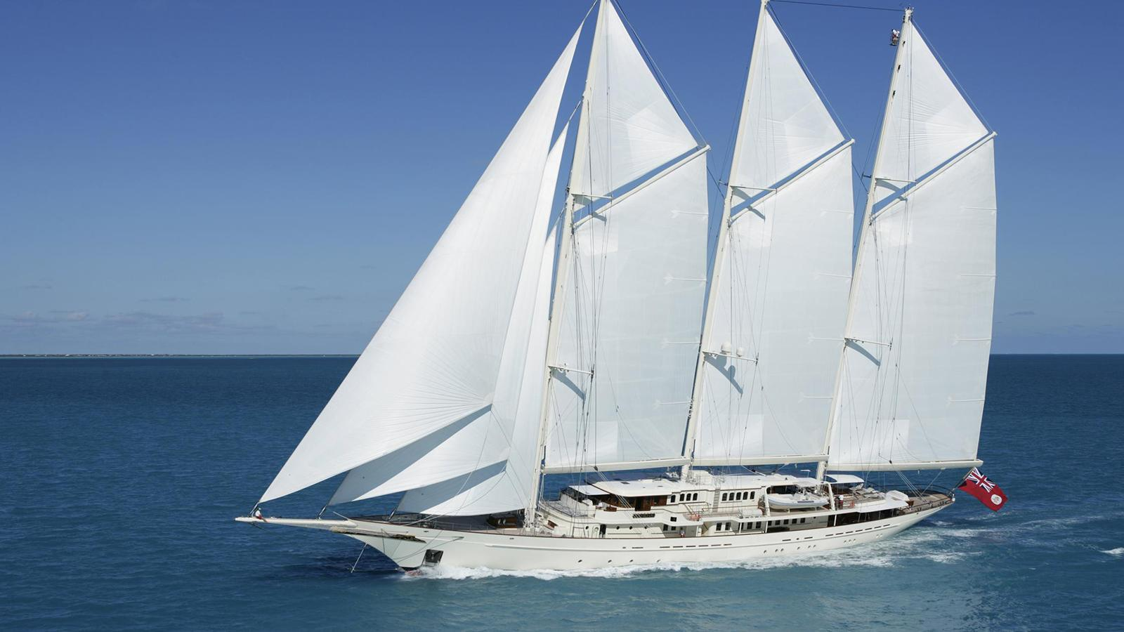 athena-super-yacht-sailingboat