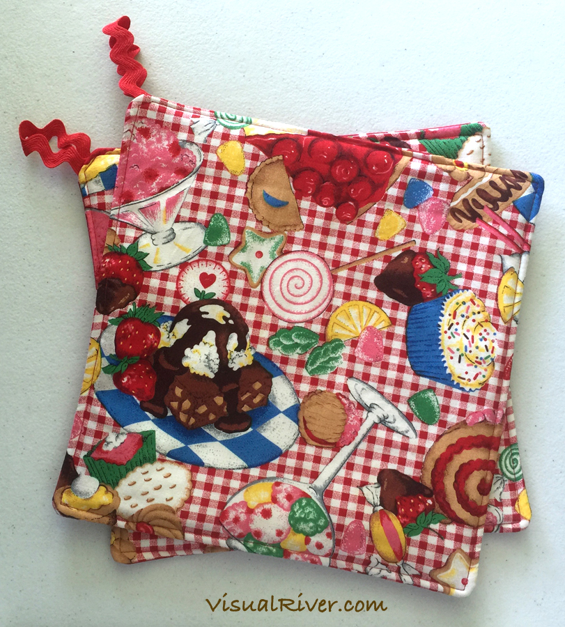 Red and White Gingham Dessert Potholders