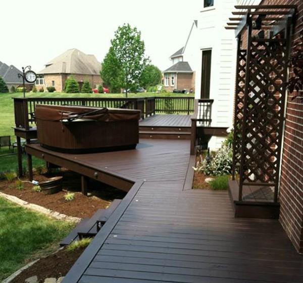 Medium Decks & Fences