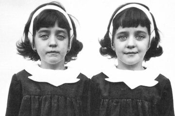 Diane Arbus Twins Black & white photography