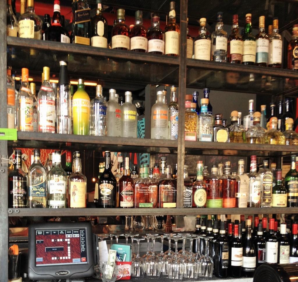 Fabbrica back bar