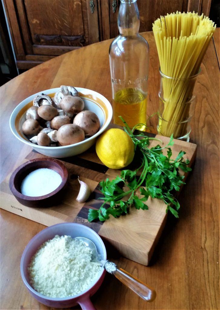 Spaghetti with Lemon and Mushrooms