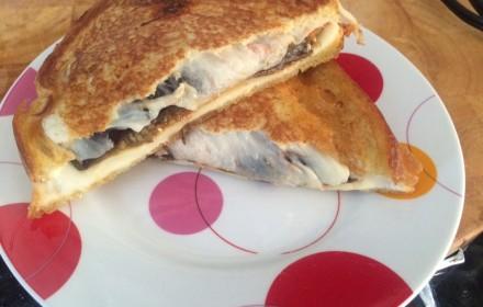 eggplant grilled cheese mozarella marinara