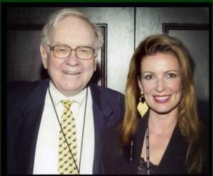 Warren-Buffett-The-Wizard-and-Lorre-White-The-Luxury-Guru.-300x248